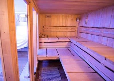 Saunabänke im Landhotel Pferdeschulze