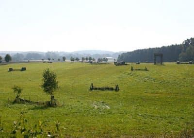 Blick über den Geländeplatz im Landhotel Pferdeschulze.