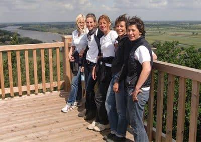 5 glückliche Frauen im Veganurlaub